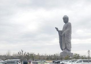 【旅/牛久大仏】奈良の大仏様が手のひらに乗る!?全長120mのギネス大仏様