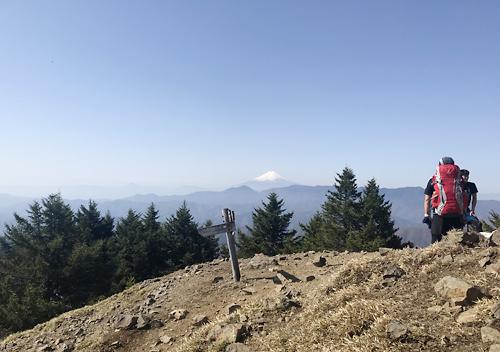 雲取山登山トレッキング山荘泊