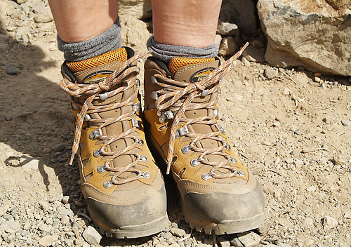 登山後の脛の筋肉痛はシンスプリント