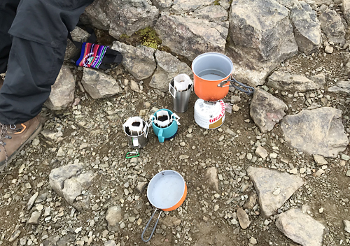 雲取山登山飯奥多摩小屋でのテント泊
