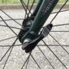 【自転車/修理】クイックリリースレバーの安全な位置は「ハの字」。その理由は…