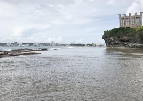 グアムタモン湾でルアーフィッシング_釣り