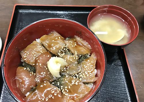 堤防釣り_千葉外房勝浦_お得で安い海鮮丼