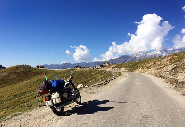 バイク 旅 レンタル インド マナリ ヒマラヤ