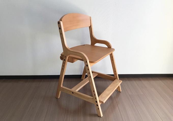 高さ調整な子供用の椅子(天然木無垢材ストッケ風)