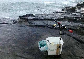 【釣り具/竿受け】腰が楽!クーラー受三郎をバケツに取付けてみました。