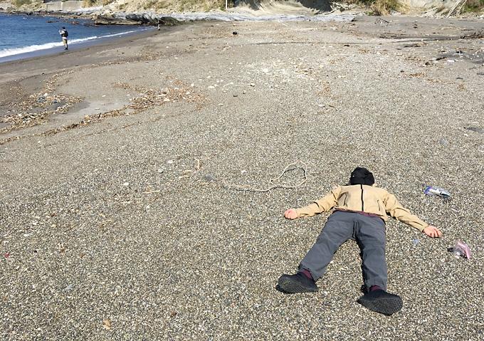 【内房/シーグラス】ビーチコーミング_岩盤浴ができる砂浜