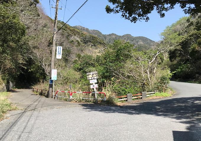 【鋸山/ルート】海辺から小川沿いの小道(アクセスは徒歩or車)